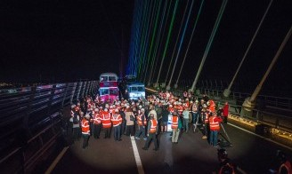 EVAS attend the Queensferry Crossing Lighting Up Event